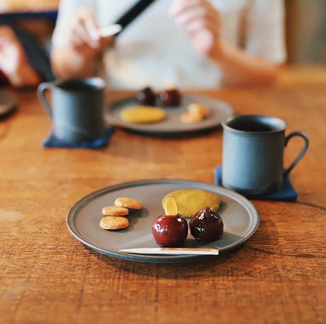 アパートメントストアでやってるMIROKU COFFEEの日日是好日でおやつタイム。添いのお菓子とコーヒーを3RD CERAMICSの器で。うまい!#オニマガ名古屋散歩 (Instagram)