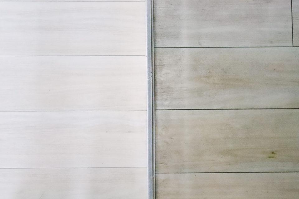 オキシクリーンで床掃除(ビフォーアフター)