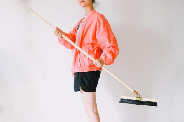山崎産業(コンドル)の自由箒を買いました!棕櫚箒から乗り換え!